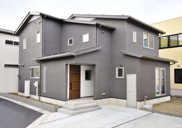 新潟市西区 「シンプルナチュラルな家」