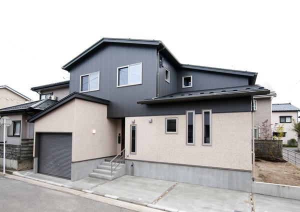 新潟市中央区 「家事動線と収納が充実した家」